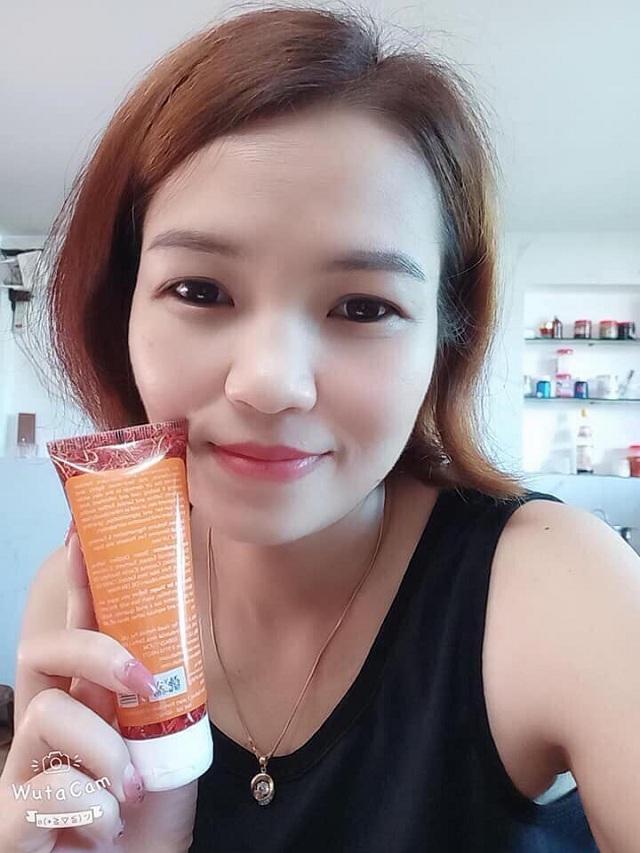 Sữa rửa mặt Vaadi Saffron Face Wash 60ml từ nhụy hoa nghệ tây 4