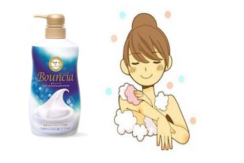 Công dụng của sữa tắm Bouncia là gì?